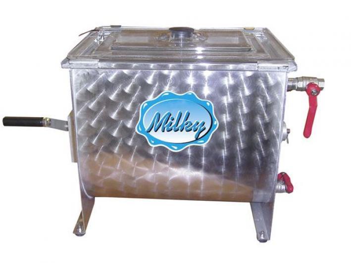 Handbetriebene Buttermaschine FJ 32 für die Verarbeitung von mindestens 4 bis maximal 13 Liter Rahm